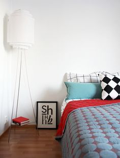 CIRKUS: minumalistinen makuuhuone // minimalistic bedroom