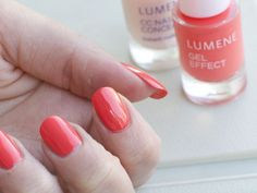 Gorgeous shade 29 of the new Gel Effect Nail Polish by blogger Viilankantolupa. #nailpolish #lumene