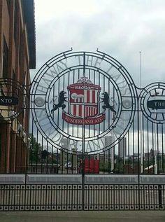 Gates at SOL Sunderland Afc, Gates, The Good Place, Fair Grounds, Soccer, Earth, Travel, Futbol, Viajes