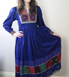 Vintage 1970s Afghan Dress Gypsy Festival par Beyondthevintage