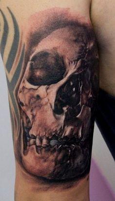 _724.Thomas-Kynst-Tattoo.Teschio-tetro