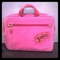 Juicy couture laptop case Beautiful velour pink laptop case woth leather detail and handles. Juicy Couture Accessories Laptop Cases