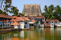 Treasure in Sree Padmanabhaswamy Temple Trivandrum Padmanabhaswamy Temple, Indian Temple, Hindu Temple, Kerala India, South India, Kerala Architecture, States Of India, Place Of Worship, Incredible India