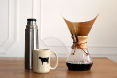 The Chemex // Pour Over Coffee Brewing