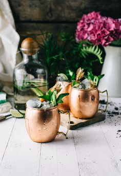 Frida's Mule Cocktail: Jalapeño infused mezcal, ginger beer, lime juice Mezcal Cocktails, Cocktail Drinks, Cocktail Recipes, Drink Recipes, Fall Cocktails, Alcohol Recipes, Sangria, Mezcal Union, Happy Hour