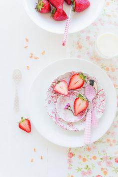 #food photography #fresh strawberries and granola... #breakfast #inspiration |Au Petit Goût