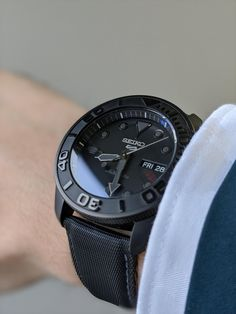 [Seiko Mod] Really satisfied with the finished product of my first Seiko build. Stylish Watches, Luxury Watches, Cool Watches, Jeager Le Coultre, Seiko Automatic Watches, Mens Watches For Sale, Seiko Mod, Breitling Watches, Custom Design Shoes
