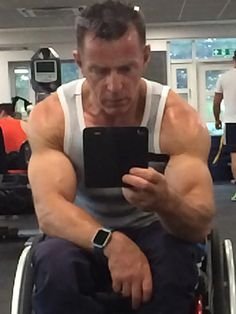 Ian Marsden @IanMarsdenGB   Another big gym done since being selected for Rio Paralympics working harder than ever tracking it with @FitbitUK