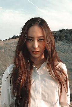 in thriller on jan 11 2019 in mystery on jan 13 2019 Krystal Fx, Jessica & Krystal, Jessica Jung, Korean Girl, Asian Girl, Krystal Jung Fashion, Red Velvet Irene, Seohyun, Korean Actresses