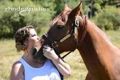 Bride and her horse! Must have picture!