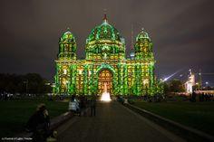 https://flic.kr/p/ptp2Sf | 0026 | Berliner Dom | Festival of Lights 2014 | Artist: Jonas Staub  Das FESTIVAL OF LIGHTS hatte zehn Designer, Kreative und Künstler eingeladen, die Fassade des monumentalen Gebäudes zum Thema