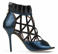Zapato de color azul y negro :)