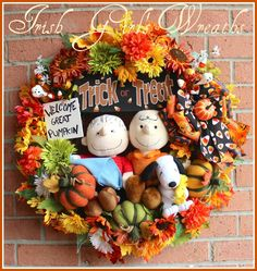 Custom Great Pumpkin Charlie Brown, Linus, and Snoopy Wreath, Felt Pumpkins, Trick or Treat, Candy Corn