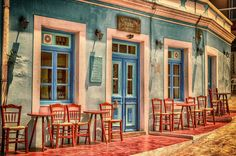 This beautiful café is in Greece in Peloponnese. It's a place that I am looking to go to and hoping to visit in It's So beautiful and the geek in me loves architecture and history - Greece 2019 here I come. Free Pictures, Free Images, Photo Café, Water Images, Photos Voyages, Cross Paintings, Free Travel, Travel Trip, Travel News