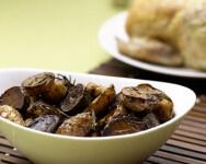 Garlic, balsamic and rosemary roasted potatoes - The Little Potato Company