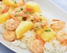 Crevettes sautées à l'ananas : http://www.fourchette-et-bikini.fr/recettes/recettes-minceur/crevettes-sautees-lananas.html