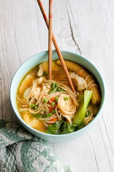 CLEAN EATING CHICKEN NOODLE SOUP - Clean Eating with kids