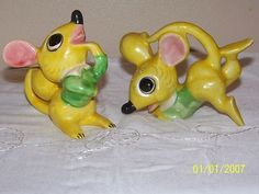 Vintage Playful Yellow Mouse Salt Pepper Shakers Anthropomorphic