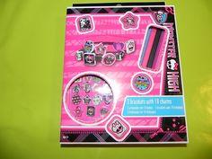 Ref CDP055 Coffret pour fabriquer soi-même ses bijoux «Monster High». 6€