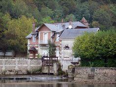 Vallée du Loir : Maison au bord de la rivière Loir