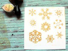 NőiCsizma | Hópelyhes stencil-mini Stencils, Coasters, Barware, Tray, Mini, Scrapbook, Design, Home Decor, Homemade Home Decor
