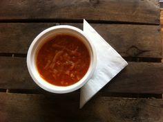 Zupa krem z pomidorów.