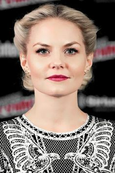 Jennifer Morrison visits the SiriusXM Studios during New York Comic-Con at The Jacob K. Javits Convention Center on October 9, 2015 in New York City.