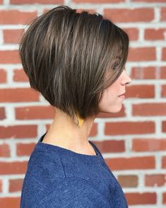66 Chic Short Bob Hairstyles & Haircuts for Women in 2019 - Hairstyles Trends Cute Bob Haircuts, Stacked Bob Hairstyles, Bob Hairstyles For Fine Hair, Lob Hairstyle, Hairstyles Haircuts, Wedge Bob Haircuts, Hairstyle Ideas, Short Hair Cuts, Short Hair Styles