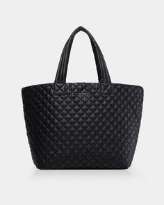 e7aaf32170d9 108 Best Handbags   Totes images in 2019