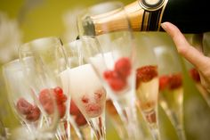 8 recipes for champagne cocktails. No vintage 1920s party would be complete without one!