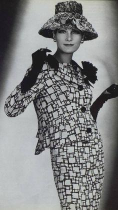 Pierre Balmain, 1960