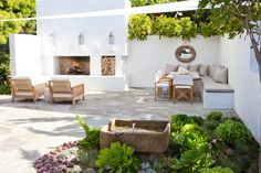 "This larger patio space designed by molly wood garden design is composed of two ""rooms"". there's the conversation grouping in front of the outdoor fireplace Back Gardens, Outdoor Gardens, Wood Gardens, Gazebos, Outdoor Rooms, Outdoor Decor, Outdoor Seating, Built In Garden Seating, Outdoor Kitchens"
