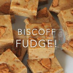 A Delicious and Super Easy to make Fudge Recipe absolutely brimming with the delicious Lotus Biscoff flavour – Heavenly Biscoff Fudge! Biscoff Recipes, Fudge Recipes, Baking Recipes, Dessert Recipes, Tray Bake Recipes, Cookies And Cream Fudge, Cookie Dough Fudge, Nutella Fudge, Oreo Fudge