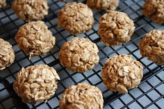 Recipes from Michelle's Kitchen: Oatmeal Applesauce Cookies
