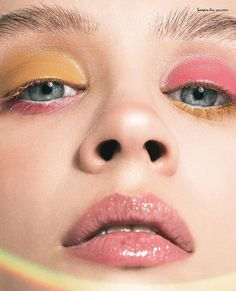 mellow yellow plus pinks | glossy eyelids, liner, lips | reverse #pink & #yellow