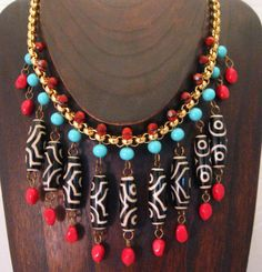 loving this necklace! @Mamie Wilkins Why, yes, I repinned my own design from another lovely artist's pins. ;)