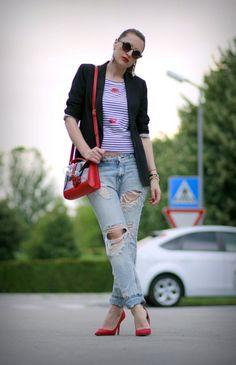 http://claudinero.weebly.com/fashion-blog/kiss-kiss