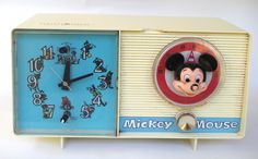 Vintage Early 1970s Walt Disney Mickey Mouse Table Top Clock AM Radio General Electric Youth Electronics by retrowarehouse on Etsy