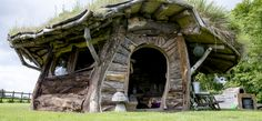 hobbit house northamptonshire