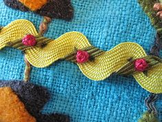 Crazy Quilting Embroidery Rick Rack 33 Ideas For 2019 Wool Embroidery, Silk Ribbon Embroidery, Wool Applique, Embroidery Stitches, Embroidery Patterns, Eyebrow Embroidery, Embroidery Techniques, Crazy Quilting, Crazy Quilt Stitches