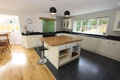 small kitchen diner layout ideas - Google Search