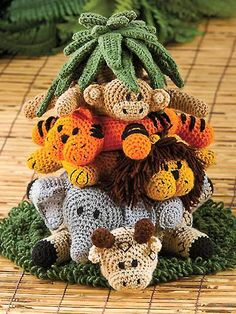 Oh my goodness! What an adorable baby gift this would make! Into the Jungle Crochet Pattern for 10$