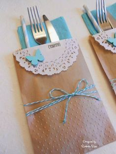 SRM Stickers Blog - It's in the Bag! by Roberta - #kraft #bags #doilies #stickers #twine