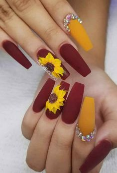 Pretty Winter Nails Matte Color For Long Nail Art Designs - Part 37 Nails After Acrylics, Red Acrylic Nails, Summer Acrylic Nails, Acrylic Nail Designs, Nail Art Designs, Nails Design, Sunflower Nail Art, Yellow Nail Art, Long Nail Art