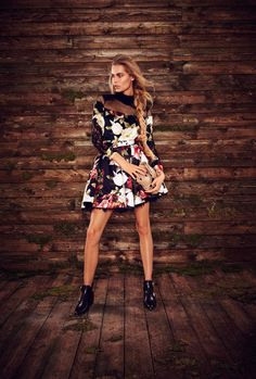 See the complete Philipp Plein Pre-Fall 2016 collection.