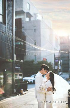 Creating Good Memories through Wedding Planning Pre Wedding Poses, Pre Wedding Photoshoot, Bridal Shoot, Wedding Pics, Wedding Shoot, Wedding Styles, Korean Wedding Photography, Couple Photography, Couple Photoshoot Poses