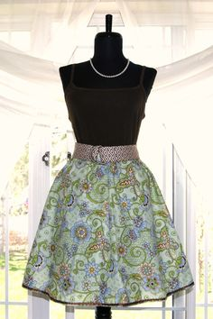 Coffee House Skirt  Lime Floral  I LOVE this skirt.  Maybe I should learn to sew.