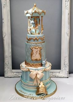 So so cute, I love the color of this cake. Cute Cakes, Pretty Cakes, Beautiful Cakes, Amazing Cakes, Torta Baby Shower, Shower Cakes, Fondant Cakes, Cupcake Cakes, Carousel Cake