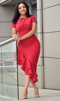 How to Look Classic Like Serwaa Amihere - 30 Outfits Classy Work Outfits, 30 Outfits, Classy Dress, Dress Outfits, Dresses Dresses, Elegant Dresses, Summer Dresses, Formal Dresses, Wedding Dresses