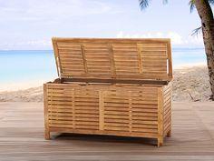 Bewaar je kussens in stijl! Elegante houten kussenbox - kussenkist hout. Bestel hem nu met 33% korting op beliani.nl